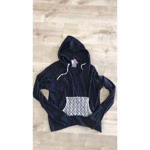 Sweaters - Pull over hoodie